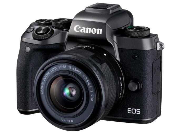 EOS M5 EF-M15-45 IS STM LKIT