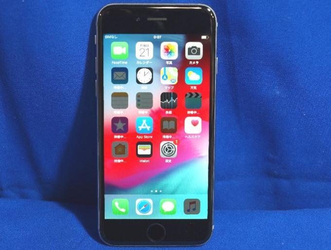 iPhone 6 64GB au [スペースグレイ]