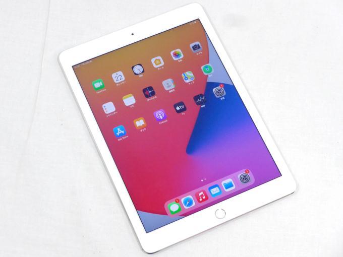 iPad Air 2 Wi-Fi+Cellular 16GB docomo [シルバー]